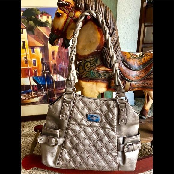 Relic Handbags - Beautiful purse by Relic Brand